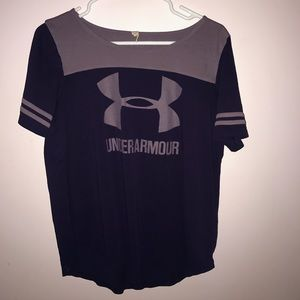 Athletic UNDER ARMOUR Tee Shirt!!